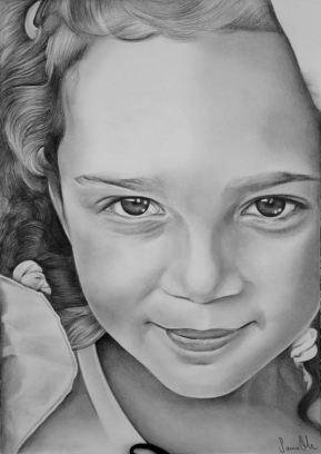Retrato de menina a grafite sobre papel canson A4, 2017